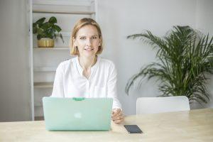 Agata Rzepniewska ekspertka ds. finansów i rachunkowości